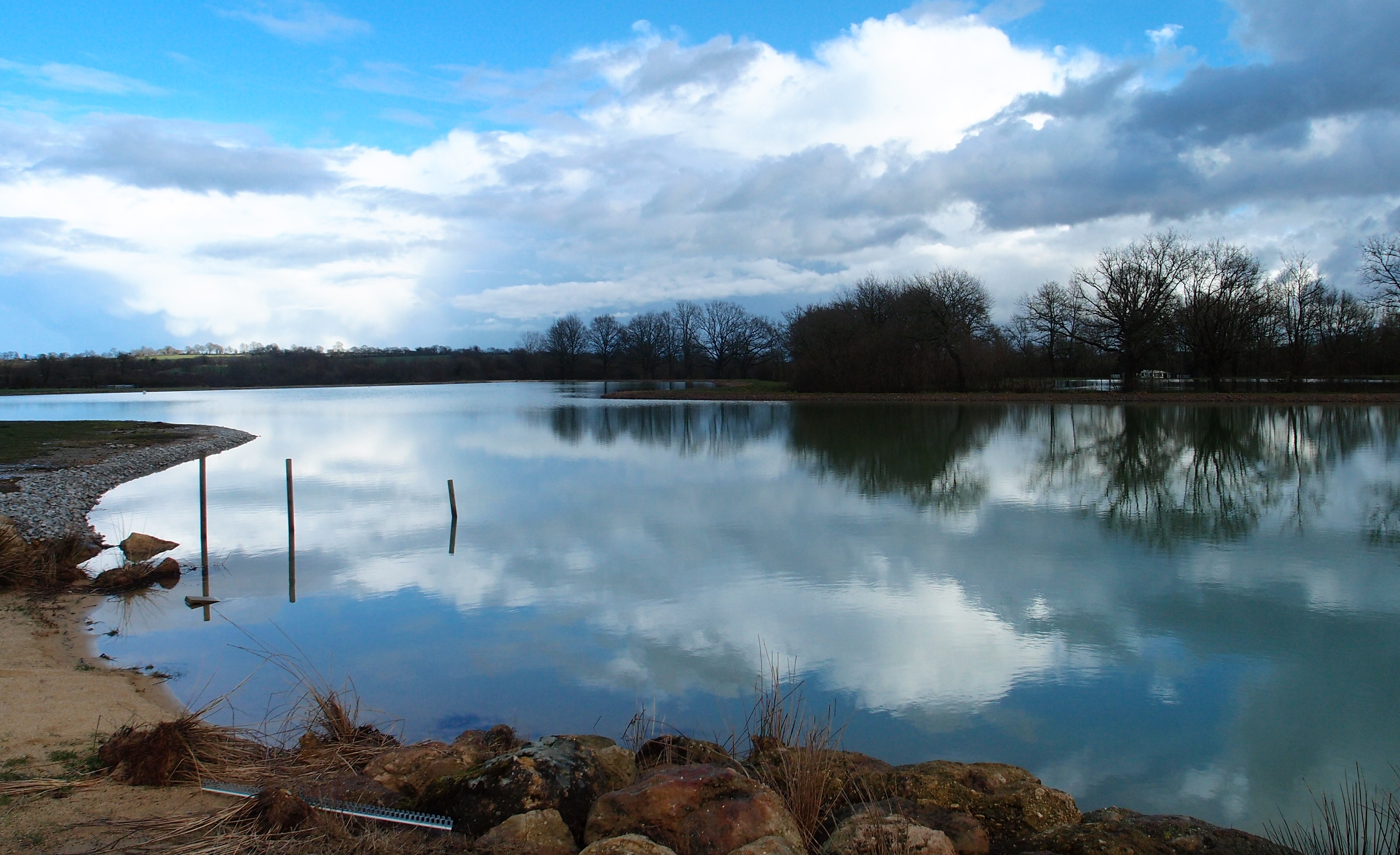 Launay lakes majestic carp for Fishing vacation packages