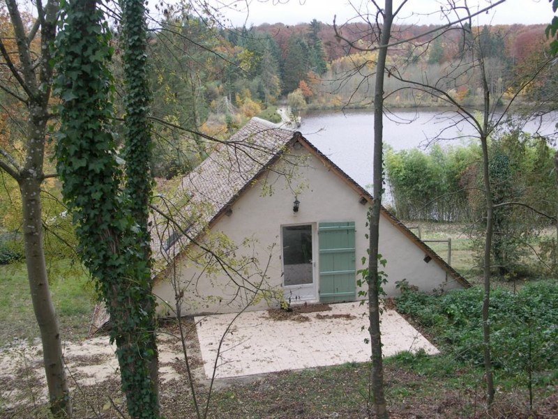 carp fishing holiday in France luxury accommodation