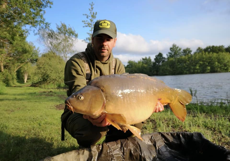 Huge fish at Central Carp! Fantastic venue ->